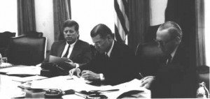 robert_mcnamara_and_jfk