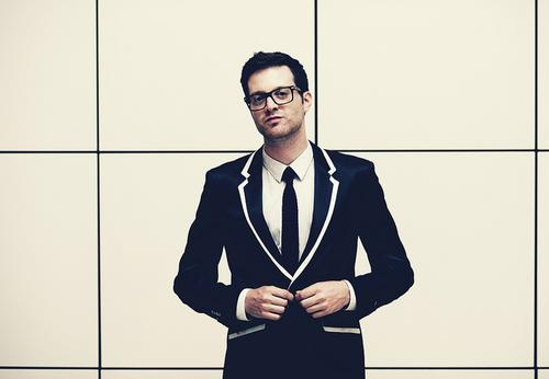 Mayer Hawthorne - When the Night Falls (Chromeo)