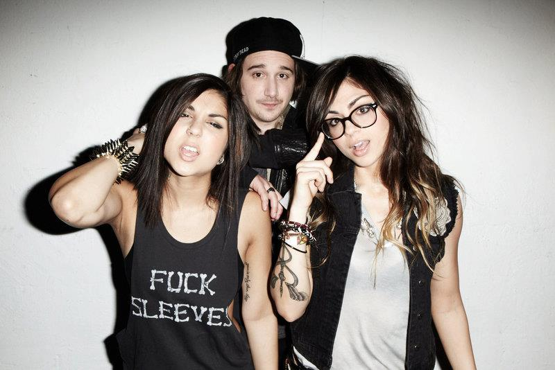 Descargar/download Krewella Alive (Cash Cash x Kalkutta Remix) mp3